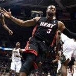【NBA 2017-18】ドウェイン・ウェイドがCLEとベテラン最低年俸で契約!レブロンとのホットライン復活へ!