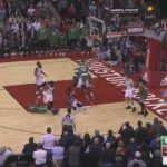 アル・ホーフォードが土壇場でレイアップを外しセルティックス敗戦…、ほか【NBA 2016-17】