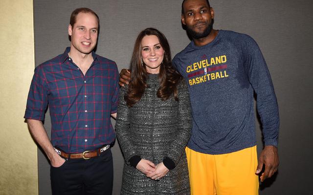 【NBA】レブロン・ジェームズが英国王室の禁を破った?…試合後の写真撮影を英メディアが問題視