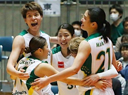 【動画】2015年バスケ全日本総合・女子皇后杯はX―ENEOSがデンソーを破り、2年連続19度目の優勝