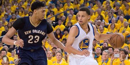 NBAベスト5発表 ジェームズとカリーは満票