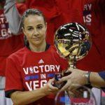 NBA初の女性コーチが偉業!ベッキー・ハモン( Lynn 'Becky' Hammon)が夏季リーグでチームを優勝に導く