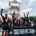 八村塁がチームメイトと共に人種差別反対デモに参加