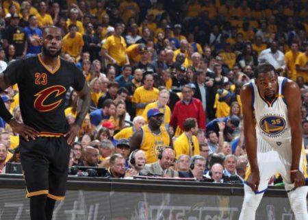 【NBA 2017】同じ選手5人で試合するとしたらKD5人vsレブロン5人どっちが強い?