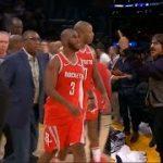 【動画】NBAで乱闘騒ぎ 興奮したファンが退場を命じられる→レッチリだった