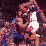今のNBAと昔のNBAではどっちがディフェンス厳しいの?